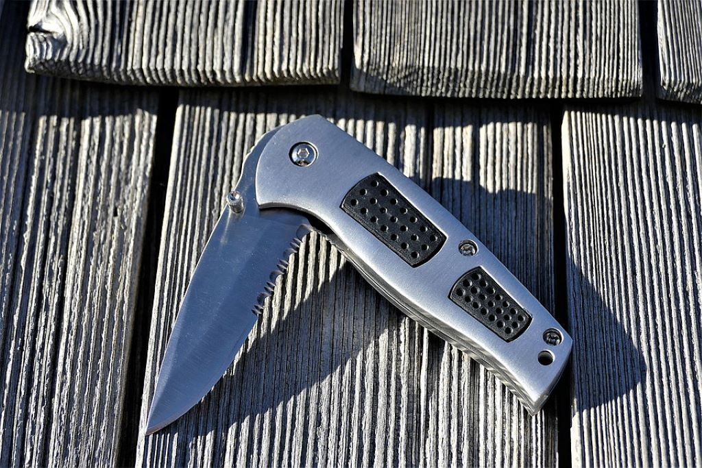 pocket knife silver outdoor knife